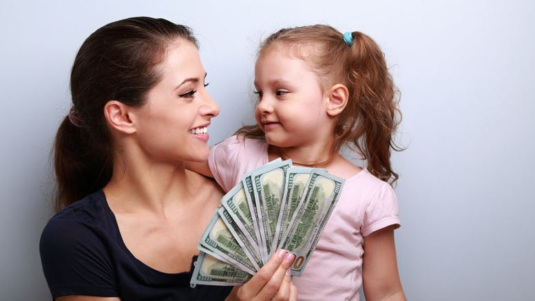 emergency cash for single moms government and other ways