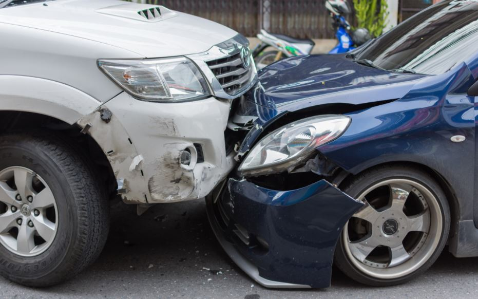 head on collision car accident facts